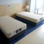 某ホテル様にベッド一式を納入させて頂きました。