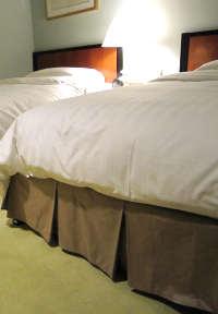 ベッドスカートとは?ボトムカバーって何のため?
